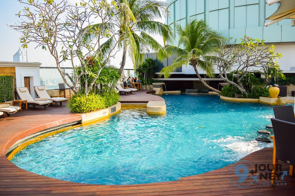 swimming pool bangkok