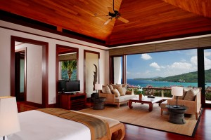 Pool_Villas_Master_Bedroom