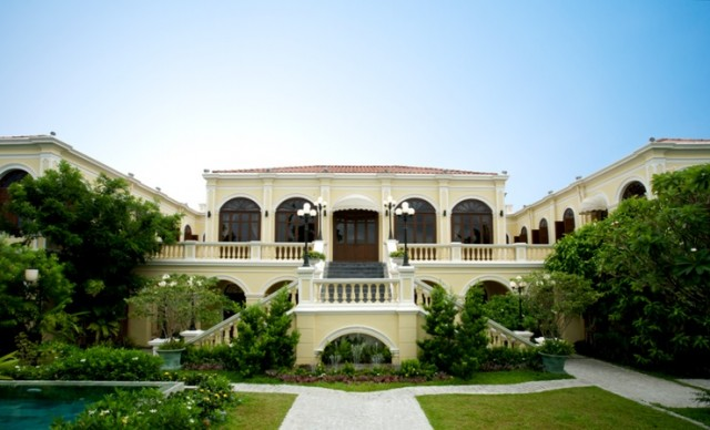 Praya Palazzo Exterior (frontal)_PHOTO